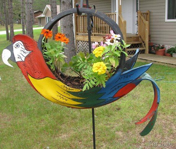 Um pneu velho pode virar uma obra de arte no seu jardim