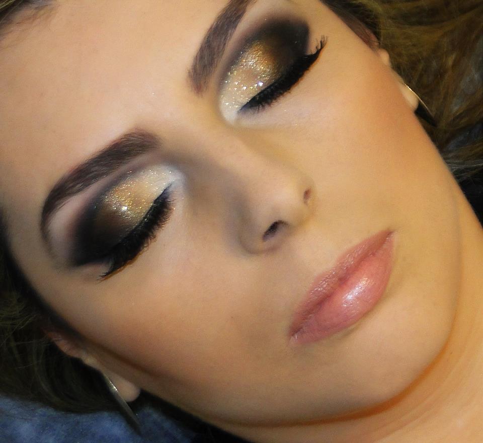 O mercado de cosméticos oferece inúmeras marcas de maquiagens para todos os tipos de pele e efeitos variados