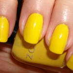 esmalte amarelo