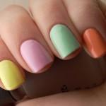 esmalte colorido