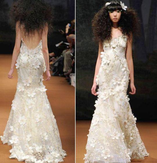 Vestido de noiva moderno com decote nas costas