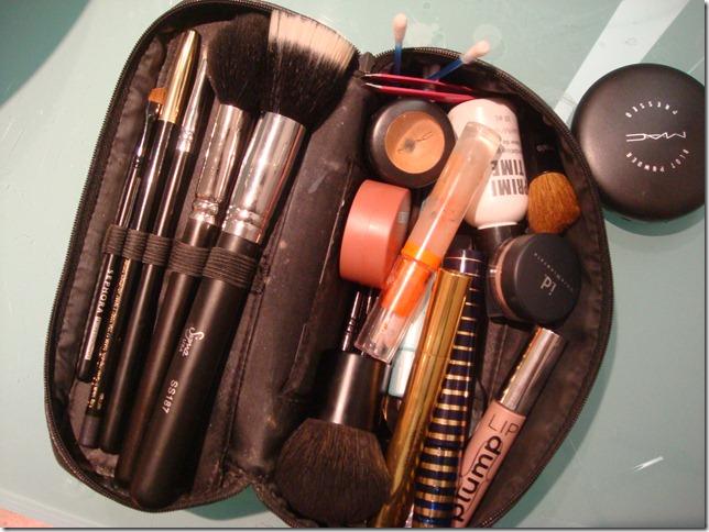 O que não pode faltar na sua maleta de maquiagens