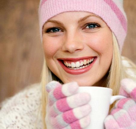 Ingerir bebidas quentes deixa o corpo quente e confortável