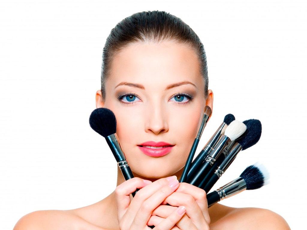 Como fazer a maquiagem durar mais no verão1