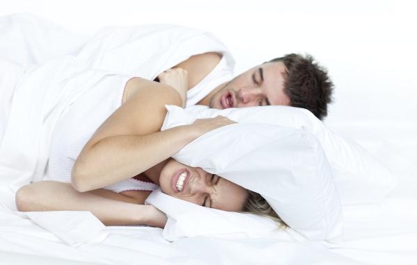 Como parar de roncar