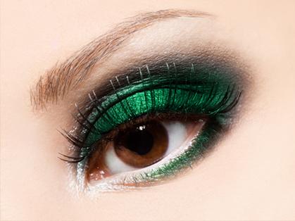 Cor verde-esmeralda