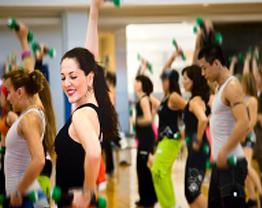 Danças que ajudam a perder 500 calorias em uma hora