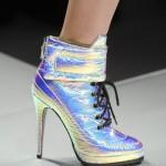 Efeito-holográfico-nos-calçados-–-verão-2014-02