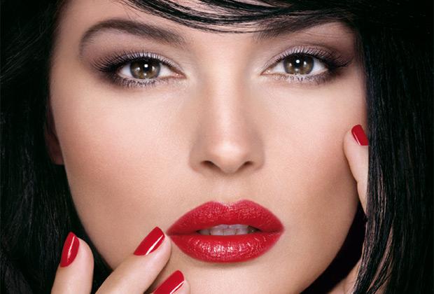 Lábios Vermelhos Rejuvenescem o Visual1