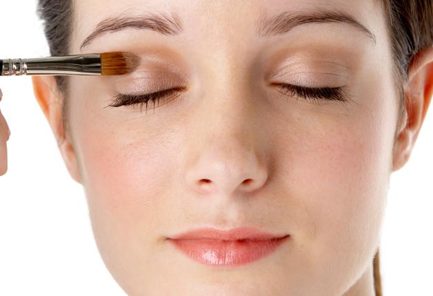 Maquiagem sem derreter- truque para o verão 2015 (Foto: Divulgação)