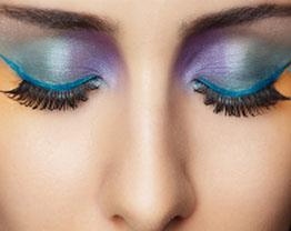 Sombra Colorida – Como aplicar a maquiagem