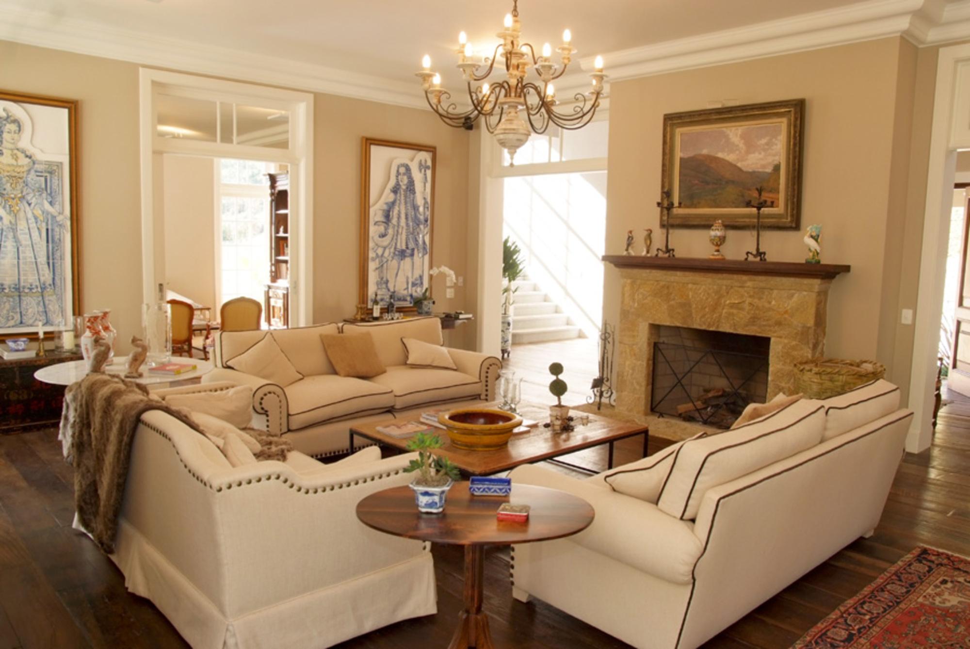 Descubra o tipo de decora o que combina com voc for Casa moderna classica