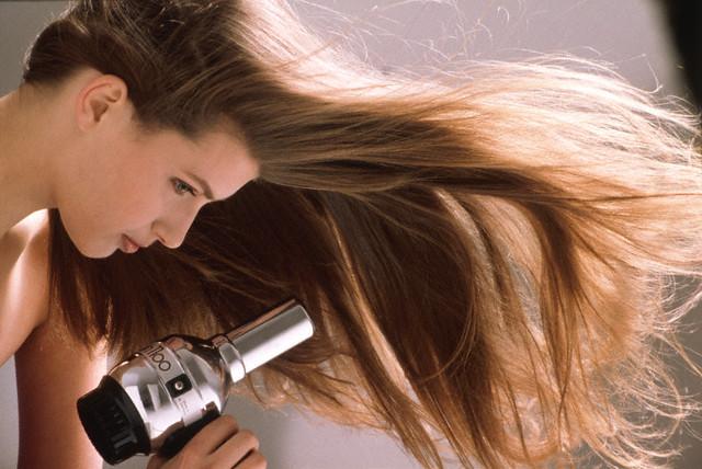 Corrija os efeitos colaterais da escova progressiva