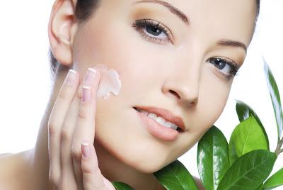Manchas na pele podem ser eliminadas com Vitacid Plus – Como usar