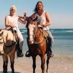 namorados-cavalos-praia