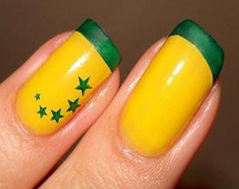 Moda-verde-amarela-–-Manicure-para-a-Copa