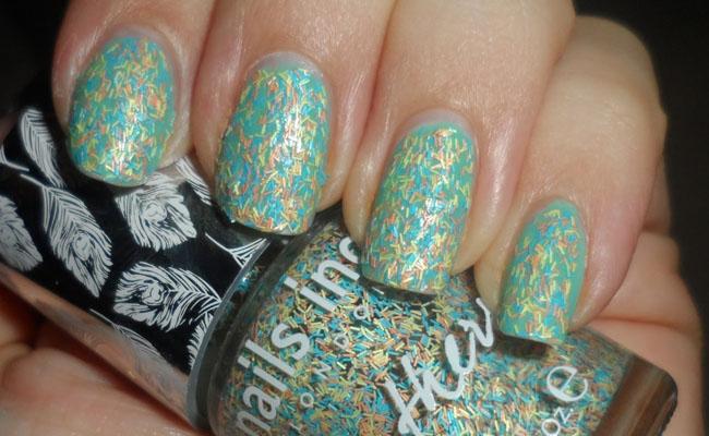 Nails Inc Lança Coleção de Esmalte Efeito de Plumas1