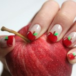 unhas com maçã