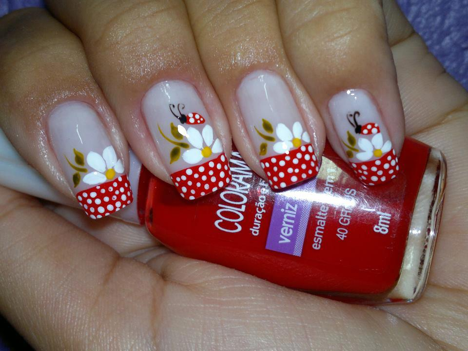 decorar unha branca:Flower Nail Art Design