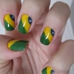 Unhas-decoradas-com-a-bandeira-do-Brasil-para-Copa-2014-04