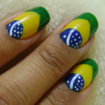 Unhas-decoradas-com-a-bandeira-do-Brasil-para-Copa-2014-08