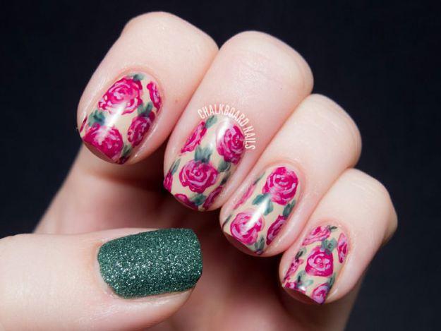 Unhas-decoradas-com-flores-para-2014-06