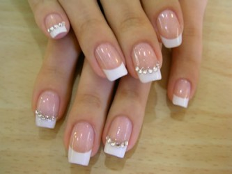 Unhas-decoradas-com-strass-10 (1)
