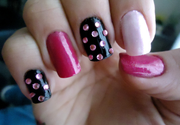 Unhas-decoradas-com-strass-10