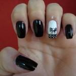Unhas-pretas-decoradas-diferentes-10
