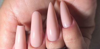 unhas compridas rosa