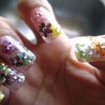 fun-flower-nail-art