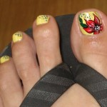 yellow-pedicure-with-red-flowers-21