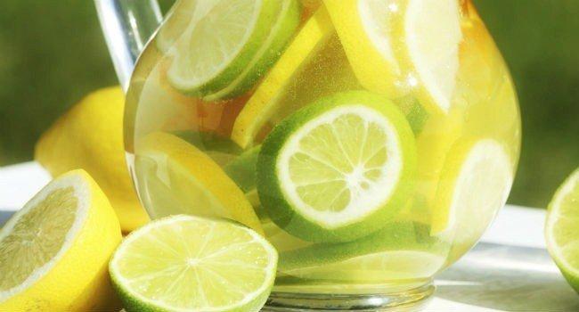 Beber-água-morna-com-limão-emagrece-e-melhora-o-sistema-imunológico-01