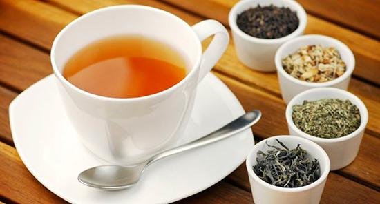 Chás emagrecedores – 7 chás para perder a barriga