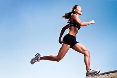 Correr para corrigir a postura