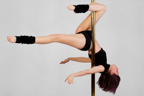 Transforme o corpo com o Pole Dance!