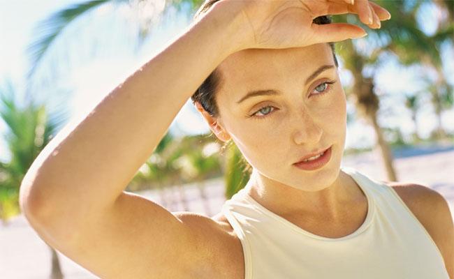 Saiba como evitar a indisposição nos dias de calor para malhar