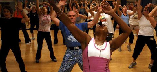 Zumba-emagrece-e-tonifica-os-músculos-–-Conheça-os-benefícios-dessa-dança-02