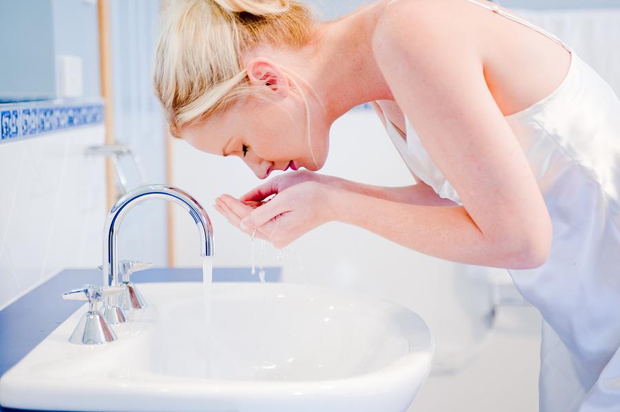 Lavar bem a cara antes de colocar Vitacid Plus