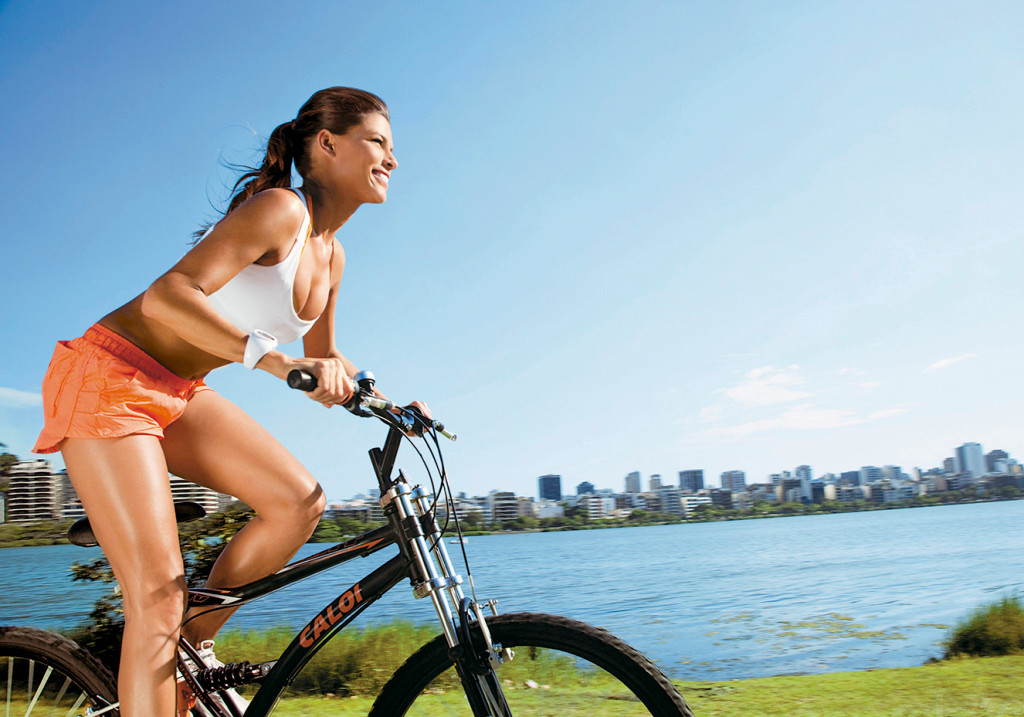 Andar de bicicleta para um bumbum durinho