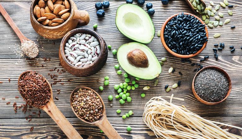 alimentos ricos em fibras: abacate