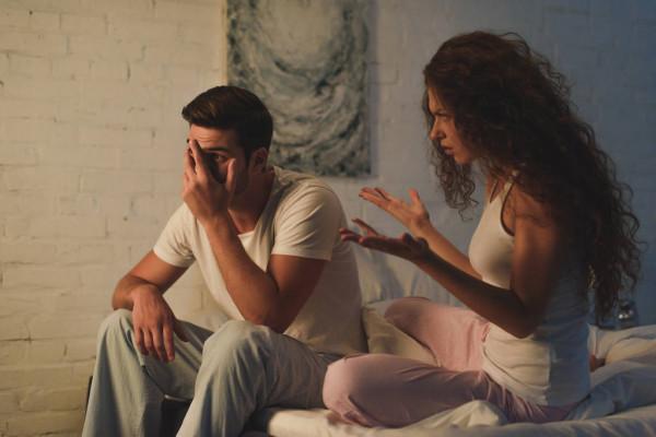 Ciúmes em um namoro por causa de curtida na rede social