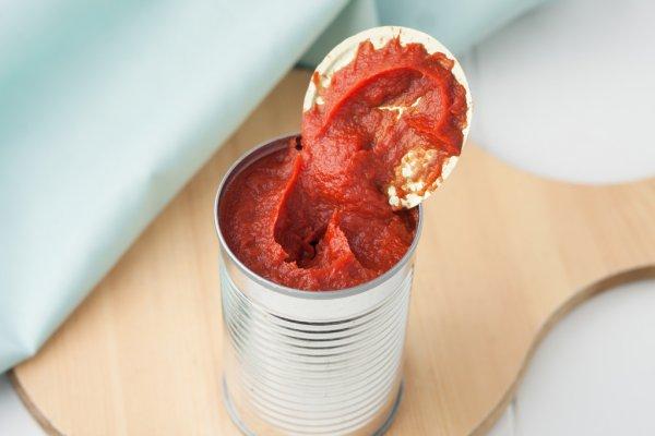Polpa de tomate para o rosto