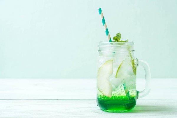 Soda italiana com maçã verde